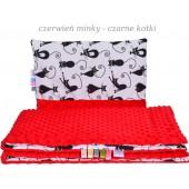 Małe Duże poduszka do łóżeczka Minky 40x60cm Czerwień Minky Czarne Kotki